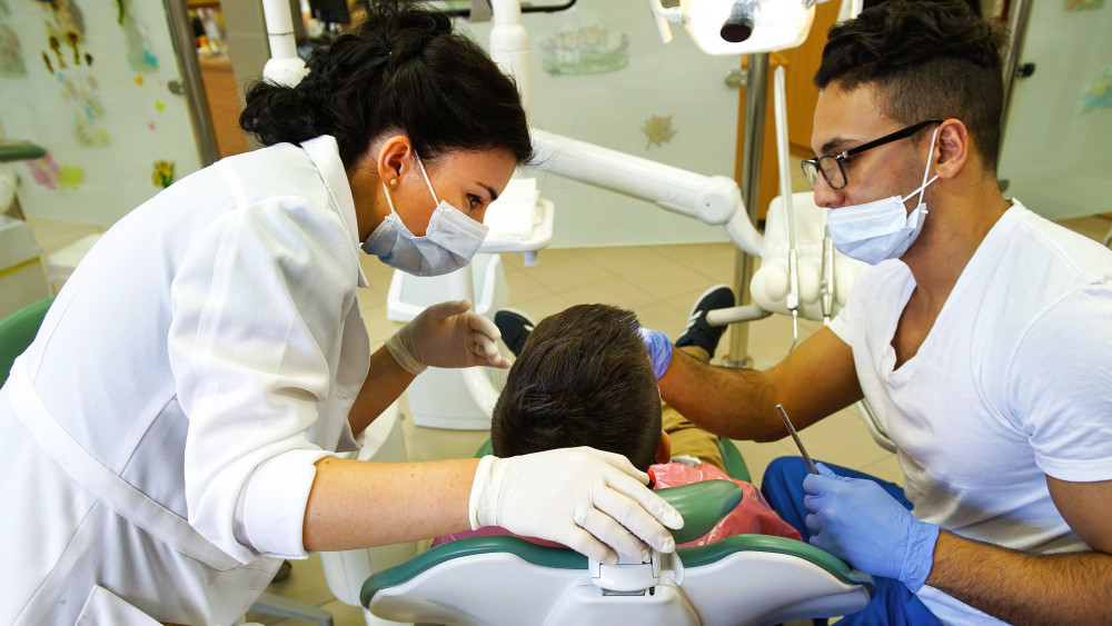 Újraindul a háziorvosi, a házi gyermekorvosi, a védőnői és a fogászati ellátás