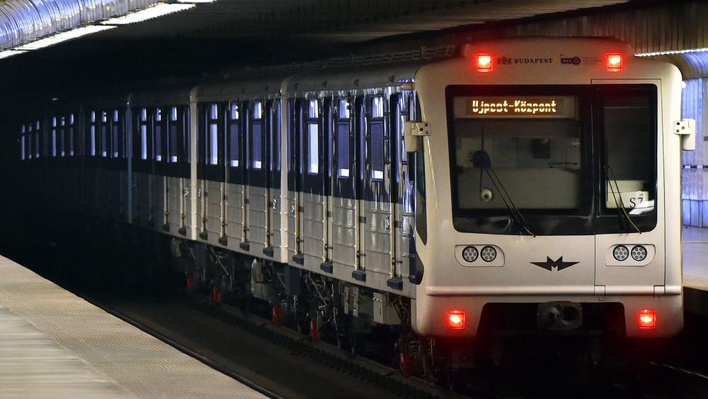3 As metro felújítása