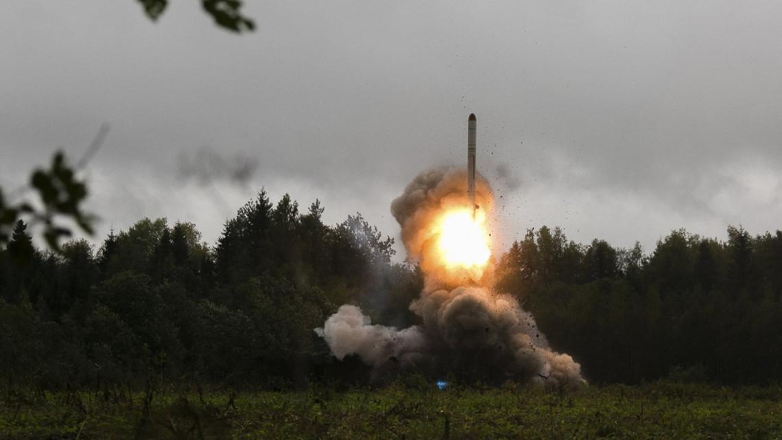Veszélyes orosz-amerikai fegyverkezési verseny indulhat el a szakértők  szerint 4984aeec21