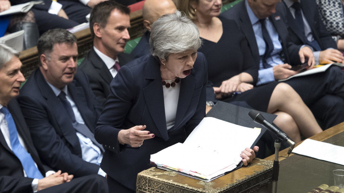 Theresa May: ha kell, lemondok