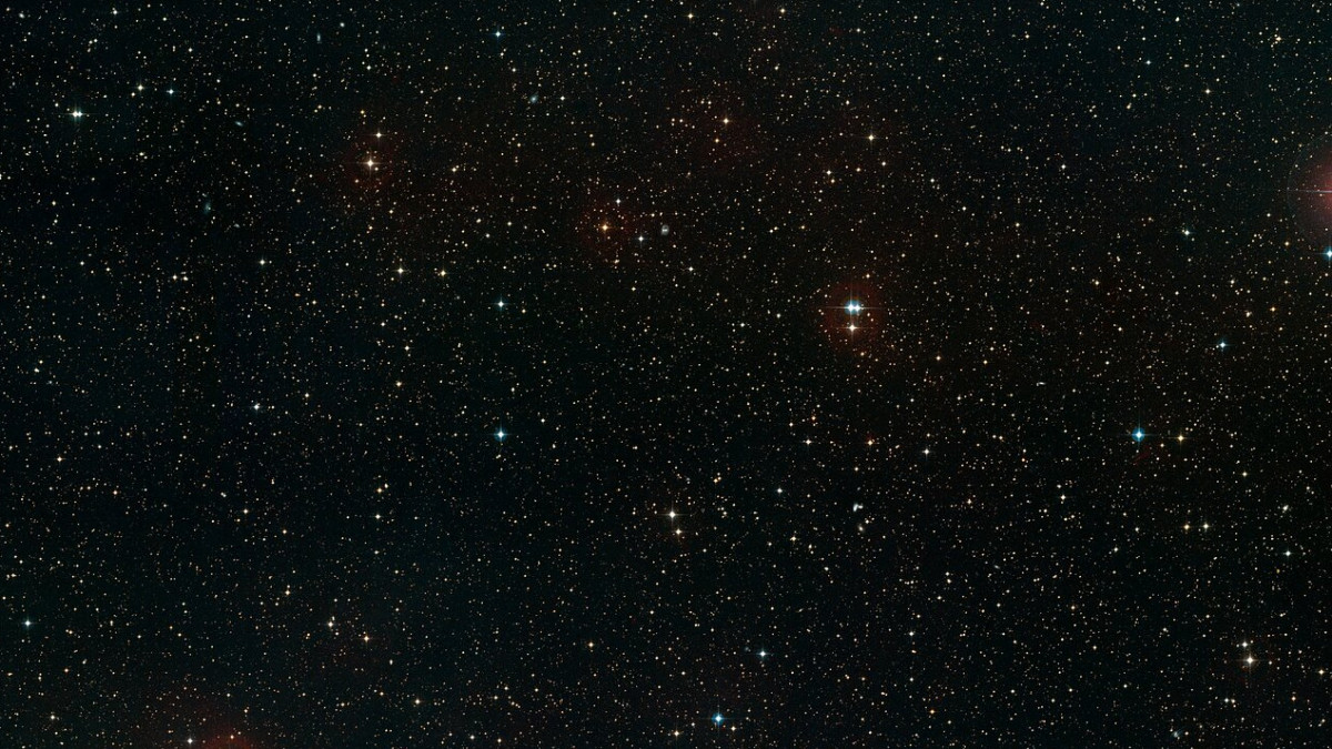 This image shows a ground-based wide-field view of the region around NGC 6752 from the Digitized Sky Survey 2.