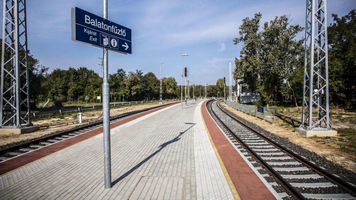 Vágányzár a Balatonnál jövő nyárig