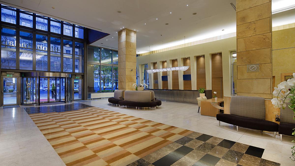 Adieu, Hilton – új szálloda nyílik a Westendben