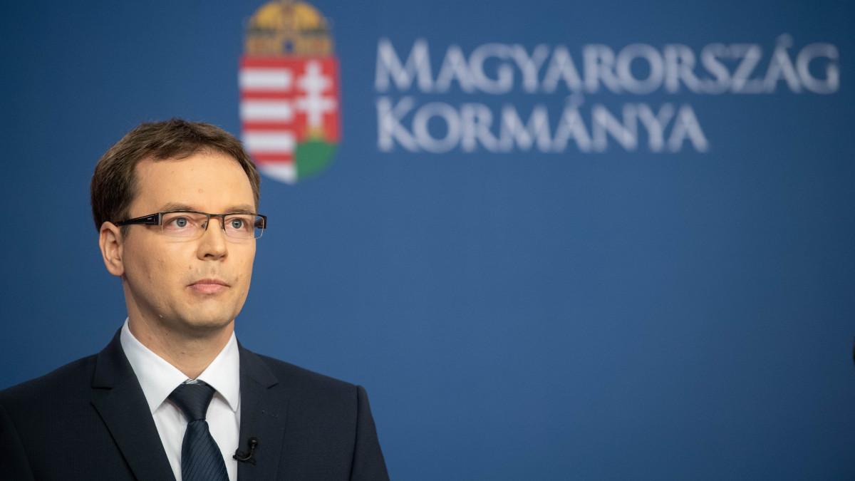 Izer Norbert: több változtatás tette lehetővé, hogy elfogadja a globális minimumadót