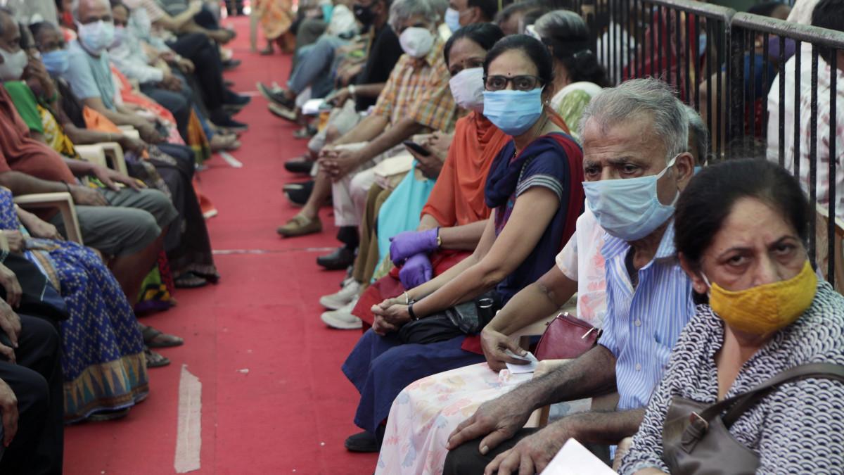 Indiai koronavírus-katasztrófa: csak találgatják, miért ennyire rossz a helyzet - motiver.hu