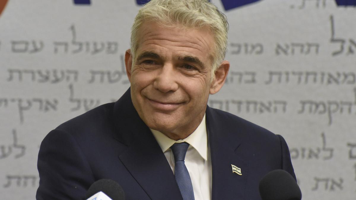 Elemző: főként csak a belpolitikára fog koncentrálni Izrael új koalíciós kormánya