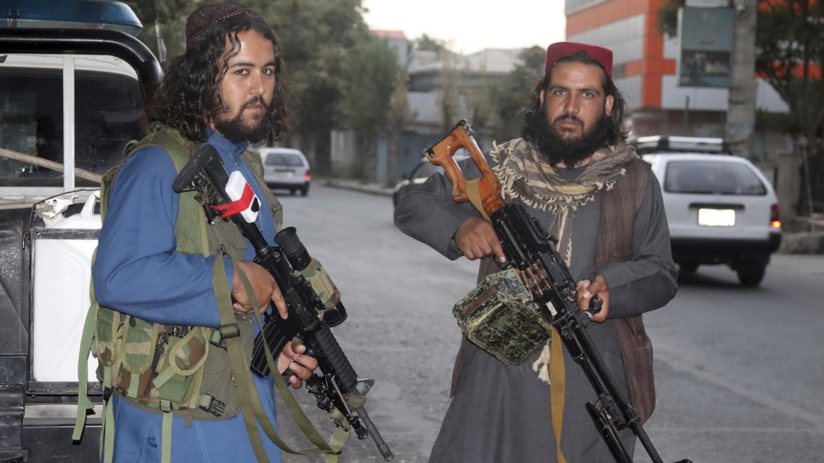 Csapást mért Kabulban Amerika az Iszlám Állam feltételezett harcosaira – a nap hírei