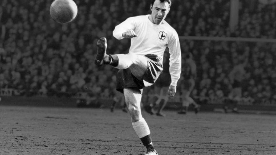 Meghalt az 1966-os legenda, a Tottenham gólrekordere
