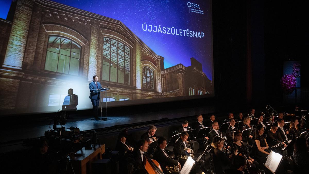 Megnyílt az Operaház Eiffel Műhelyháza
